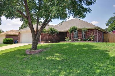 Keller Single Family Home For Sale: 692 Montana Court N
