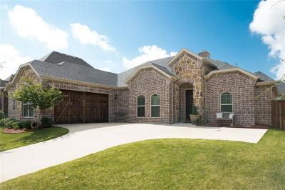 Burleson Single Family Home For Sale: 129 McKinley Drive