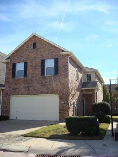 Lewisville Townhouse For Sale: 200 Inverness Drive