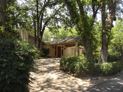 Bedford Single Family Home Active Option Contract: 805 Cardinal Circle