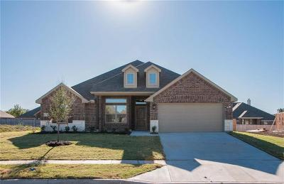 Crandall Single Family Home For Sale: 123 Haymeadow