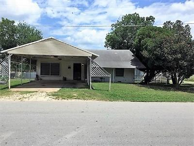 Coolidge, Mexia, Mount Calm Single Family Home For Sale: 807 S Bonham Street