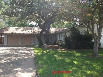 Graham Single Family Home For Sale: 1305 Rolling Hills Drive S