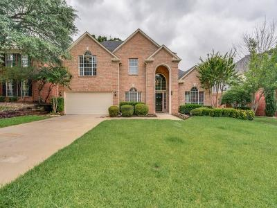 Grapevine Single Family Home For Sale: 704 Ruby Court