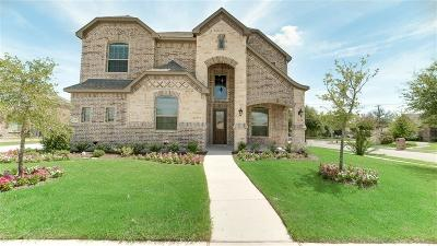 North Richland Hills Single Family Home For Sale: 6700 S Fork Drive