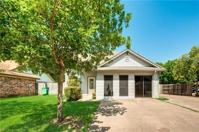 Fort Worth Single Family Home For Sale: 6913 Wayfarer Trail