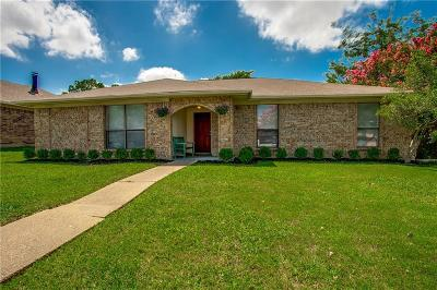 Mesquite Single Family Home For Sale: 2517 Trenton Drive
