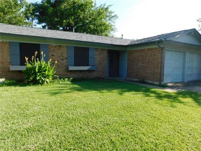 Lewisville Single Family Home Active Option Contract: 732 Price Drive
