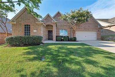 Burleson Single Family Home For Sale: 634 Celeste Lane