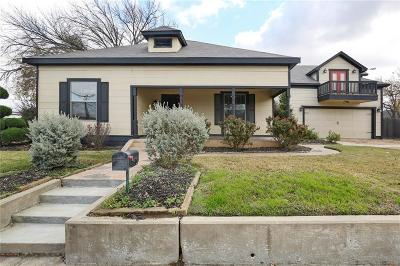 Grapevine Single Family Home Active Option Contract: 205 S Dooley Street