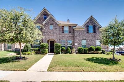 Tarrant County Single Family Home For Sale: 5600 Sleepy Creek Lane