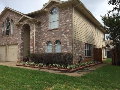 Lake Dallas Single Family Home For Sale: 311 Stately Oak Lane