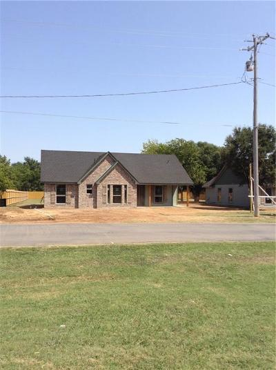 Rio Vista Single Family Home For Sale: 102 Cleburne Whitney