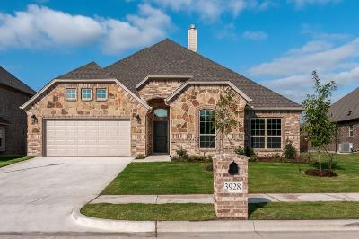Benbrook Single Family Home For Sale: 3928 Brookdale Road