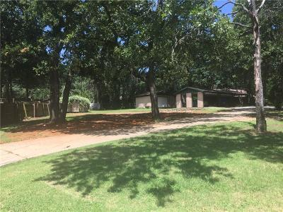 Grapevine Residential Lots & Land For Sale: 817 N Dove Road