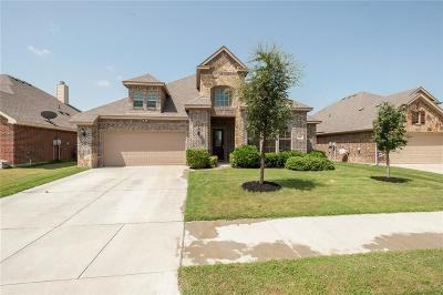 Burleson Single Family Home For Sale: 325 Colorado Drive