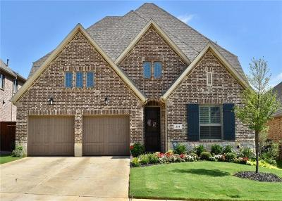 Grapevine Single Family Home For Sale: 334 Park Hill Lane