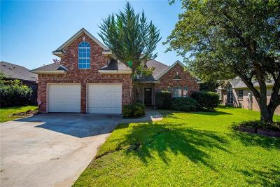 Bedford Single Family Home For Sale: 2708 Willow Creek Court