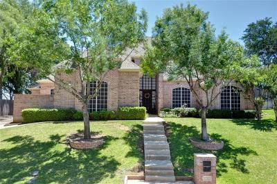 Arlington Single Family Home For Sale: 2703 Sunrise Drive