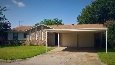 Everman Single Family Home For Sale: 1025 Coury Road