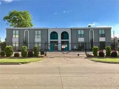 Dallas Multi Family Home For Sale: 2106 Bennett Avenue