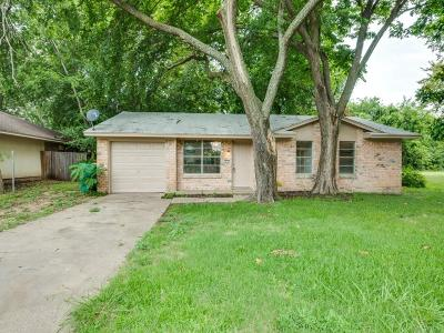 Cedar Hill Single Family Home For Sale: 830 Marigold Drive
