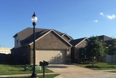 Lewisville Single Family Home Active Contingent: 2692 Yacht Club Drive