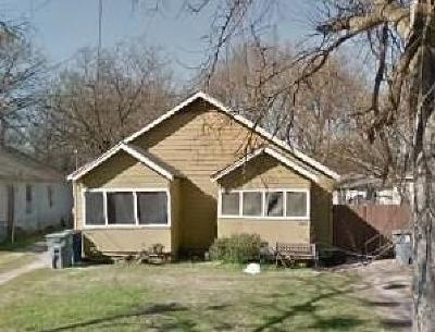 Dallas Multi Family Home For Sale: 3001 Carpenter Avenue
