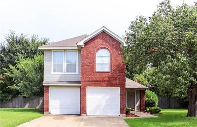 Arlington Single Family Home For Sale: 900 Freshwood Court