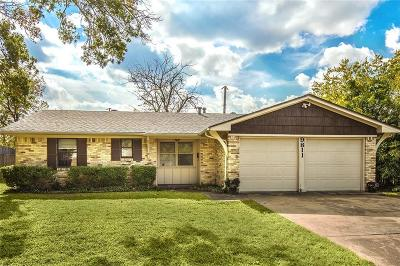 Dallas Single Family Home Active Option Contract: 9811 Kingsman Drive