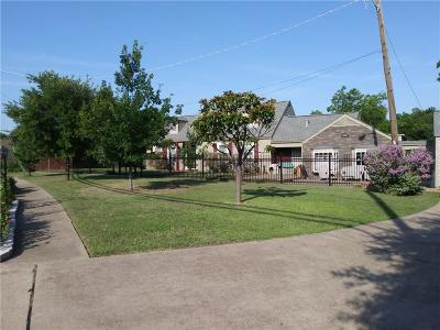 Grand Prairie Single Family Home For Sale: 229 N Center Street