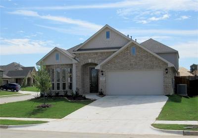 Burleson Single Family Home For Sale: 932 Yarwood Way