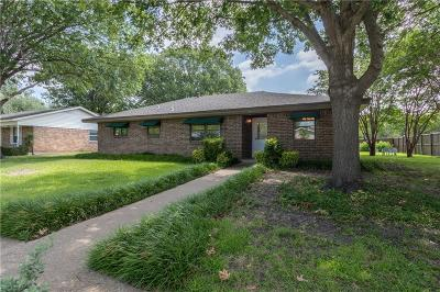 McKinney Single Family Home For Sale: 1914 Wisteria Way