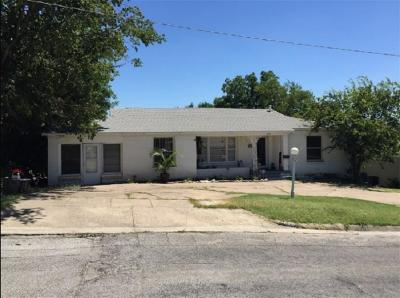 River Oaks Single Family Home For Sale: 1620 Woodlawn Street