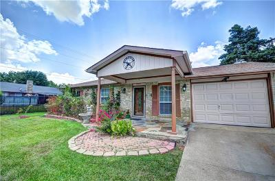 Grand Prairie Single Family Home For Sale: 1002 Palos Verdes Street