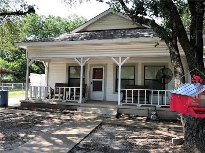 Kaufman Single Family Home For Sale: 303 E Oak Street