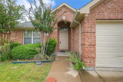 Rowlett Single Family Home For Sale: 9517 Glenshee Drive