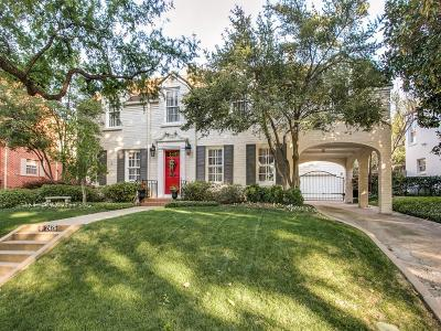 Single Family Home For Sale: 2425 Colonial Parkway