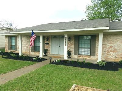 Richardson Single Family Home For Sale: 2012 Custer Parkway