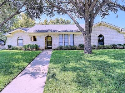 North Richland Hills Single Family Home For Sale: 3445 Willowcrest Drive