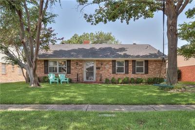 Dallas Single Family Home For Sale: 10305 Mapleridge Drive