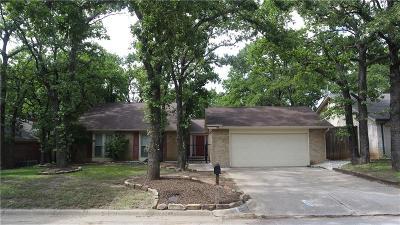 Arlington Single Family Home For Sale: 5501 Falcon Wood Court