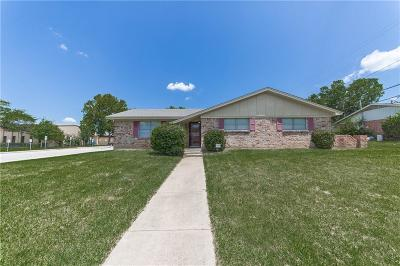 North Richland Hills Single Family Home For Sale: 7001 Shauna Drive
