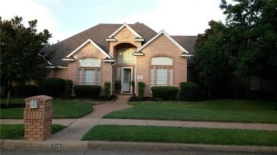 Keller Single Family Home For Sale: 719 Richmond Lane