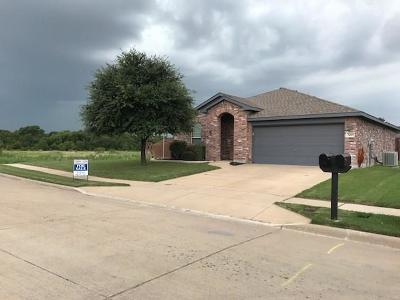 Fort Worth Single Family Home For Sale: 3405 Medlin Ranch Road