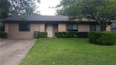 Arlington Single Family Home Active Option Contract: 1422 Natches Drive
