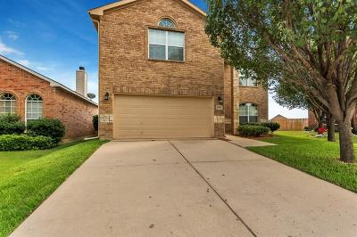 Fort Worth TX Single Family Home For Sale: $248,888