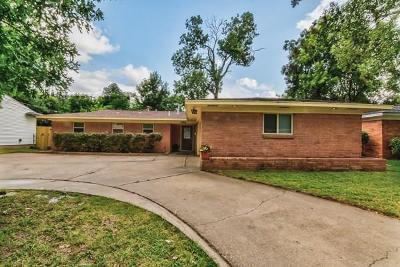 Arlington Single Family Home For Sale: 1702 Bluebonnet Trail