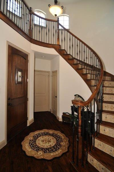 Denton Single Family Home For Sale: 9500 Meadowpark Drive