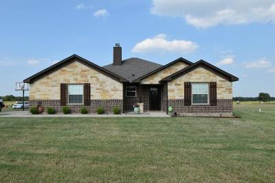 Stephenville Single Family Home For Sale: 385 Summerfield Lane